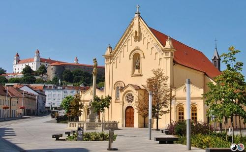 Bratislava (1)